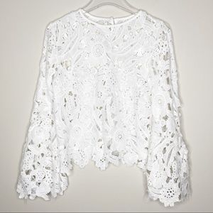 Tops - White Floral Longsleeve Boho Lace Top